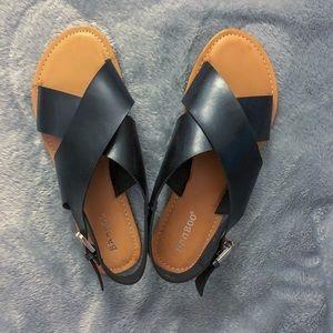 NWOT BAMBOO Black Crisscross Slingback Sandals